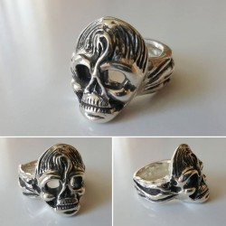 Rockabilly Skull Ring in solid sterling silver with dark accents