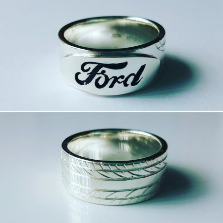 Ford Logo Tyre Ring