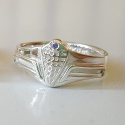 Alpha Giulietta Grille Ring with or without gemstones
