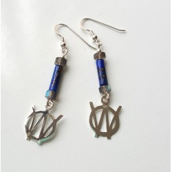 Willys 'W' Earrings with gemstones